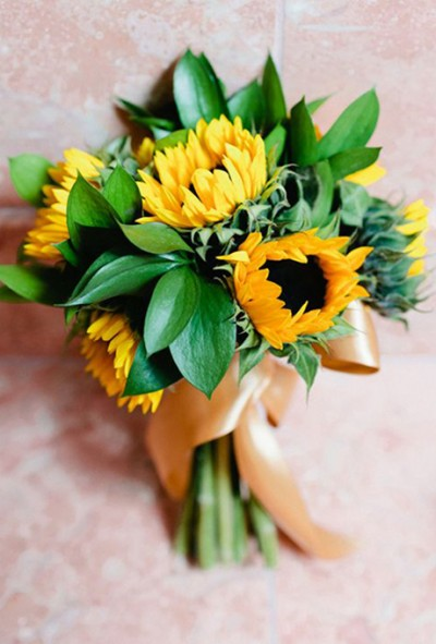 wedding-flower-meanings-sunflower