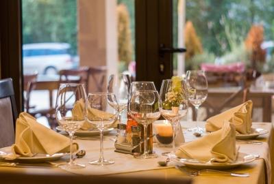 restaurant-449952-400x270-MM-100